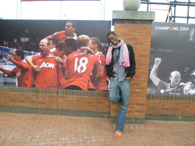 This was when I was in Old Trafford, Machester. I am an Arsenal die hard... But Do I not I get rid of my enemies if I make them my friends? (Abe)